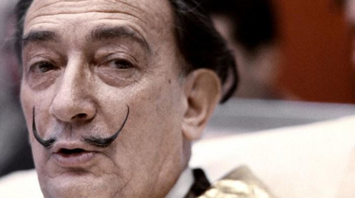 Dali's trademark moustache intact at ´10 past 10´ position
