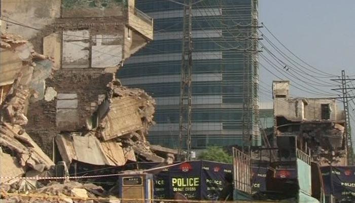 Blast kills 15, injures 20 in Pakistan's Lahore