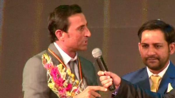 والدین بیٹیوں کی کھیلوں میں شرکت کی حوصلہ افزائی کریں، یونس خان