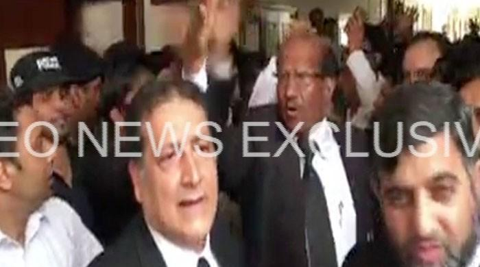 Lahore High Court Multan bench lawyers observe strike over row with judge