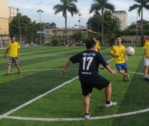Vietnam´s dissident footballers take aim at politics