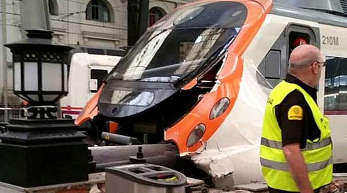 54 people injured in Barcelona train crash
