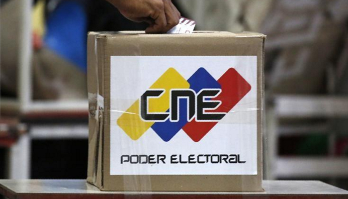 Maduro to swear in new assembly as vote turnout questioned