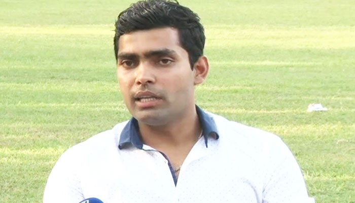 Umar Akmal accuses Mickey Arthur of using abusive language towards him