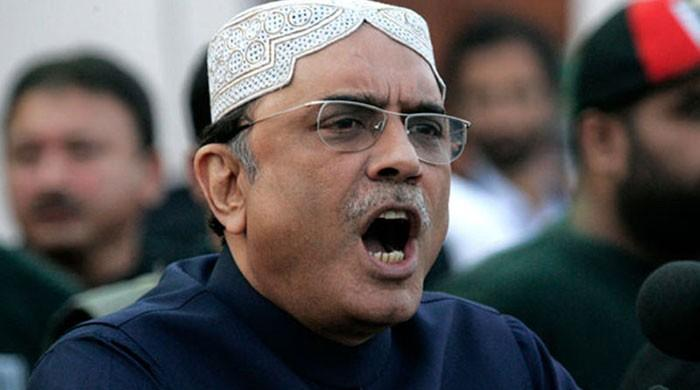 Don't want to be in contact with Nawaz, says Zardari