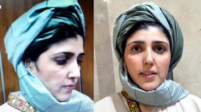 Ayesha Gulalai enters NA wearing tribal turban, says fighting 'mafia' alone