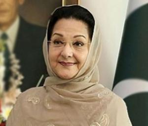 Don't be fooled, Kulsoom Nawaz is the prime minister in waiting
