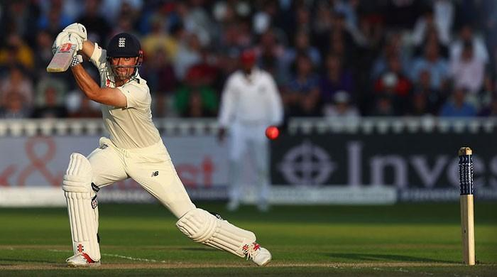 Cook hails 'phenomenal' Root after day/night double century stand