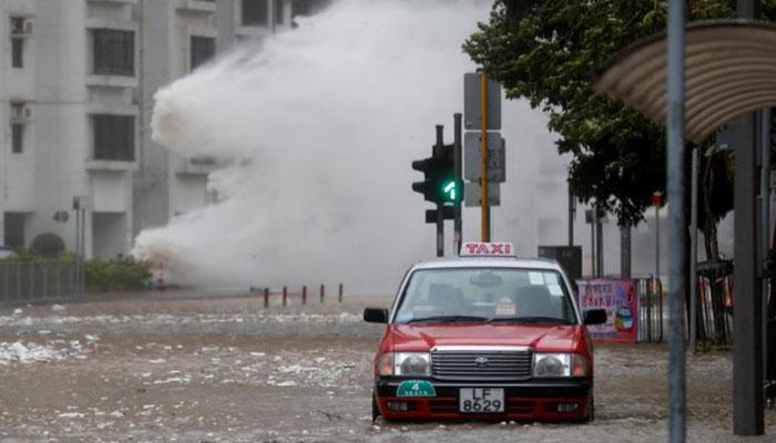 Typhoon signal 8 hoisted in Macau