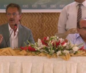 Bahria Town, KMC sign garbage-lifting agreement