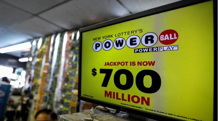 Winning numbers drawn for $700-million Powerball lottery jackpot