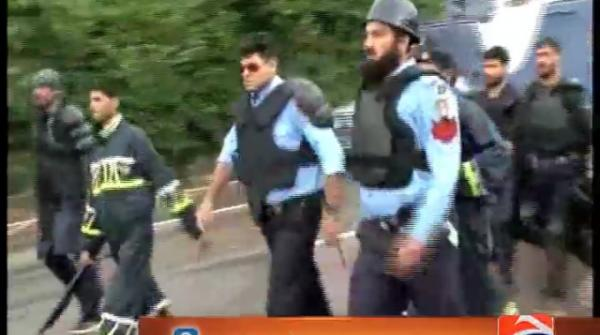 Dharna damages case: Imran, Qadri fail to appear in court yet again 24-August-2017