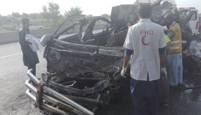 12 passengers burnt to death in road accident