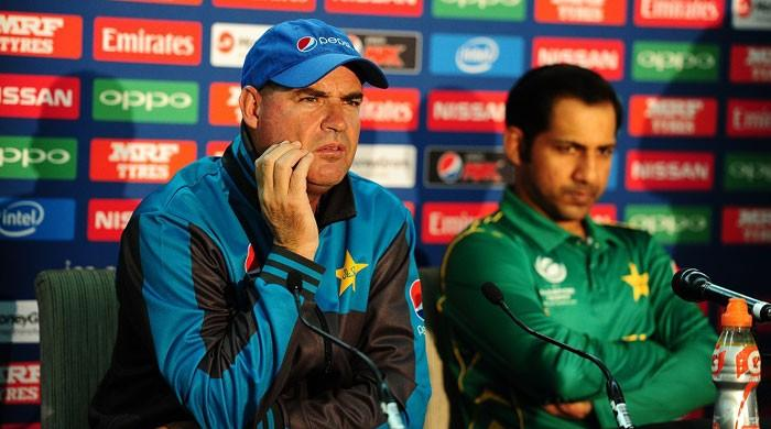 Coach Arthur urges Pakistan to maintain discipline in final