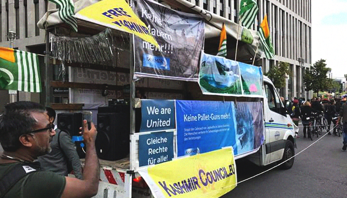 The 'Kashmir Peace Truck' can be seen at the WelcomeUnited - CommUnity Carnival in Berlin, Germany, September 16, 2017. Geo.tv/Irfan Aftab