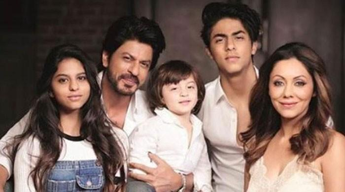 My only duty to my kids is to delay the onset of their adulthood: Shahrukh