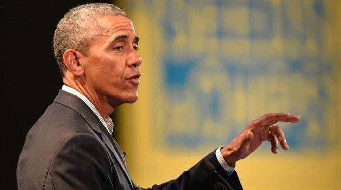 Obama begins lucrative turn as Wall Street speaker