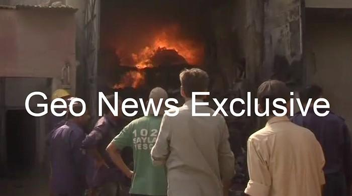Fire engulfs four-storey building in Karachi