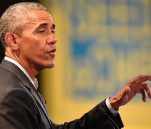 Obama begins lucrative turn as Wall Street speaker