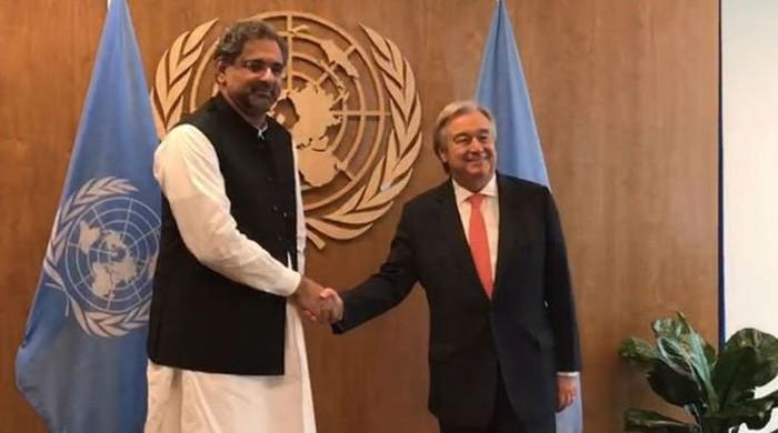 PM meets UN's Guterres, hands dossier on human rights violations in IoK