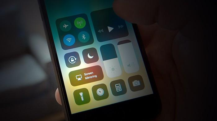 Turning off Wi-FI and Bluetooth not possible on iOS 11 Control Center