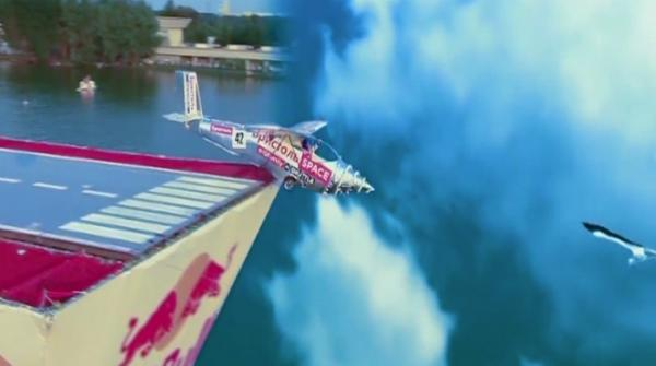 High-flying Flugtag competition 2017