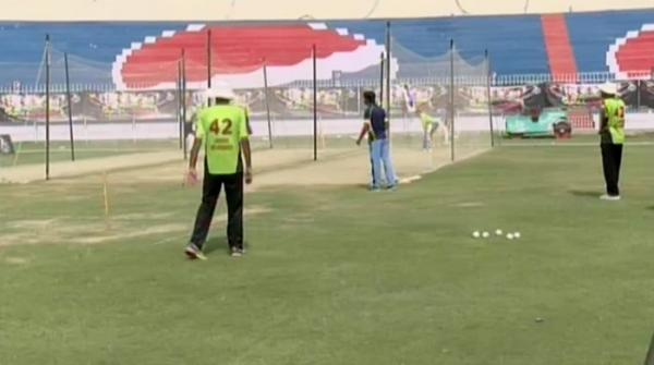 Thousands flock to Qalandars' Rising Stars trials in Faisalabad