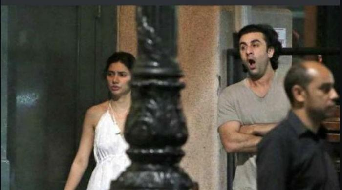 Mahira, Ranbir pictures become target of fans' criticism