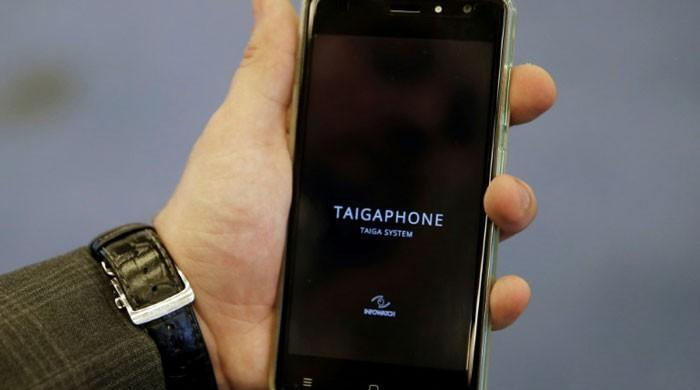 Russia firm unveils 'surveillance-proof' smartphone