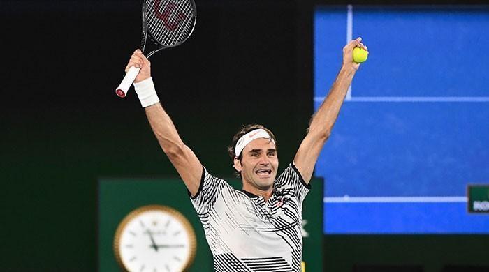 Federer thanks lucky stars for Nadal fightback