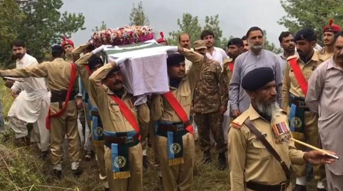 Lt Arsalan Alam Shaheed buried with full military honours in native village