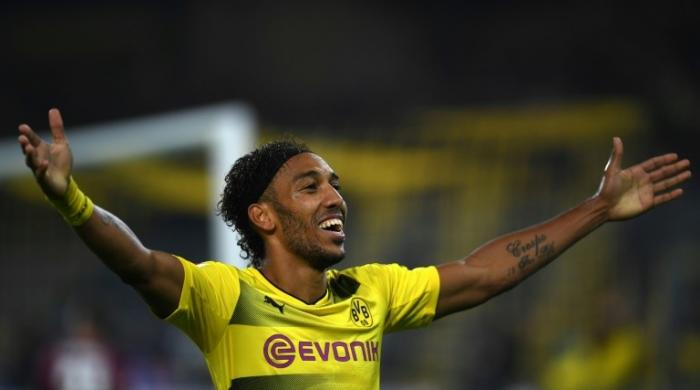 Aubameyang hits hat-trick for leaders Dortmund