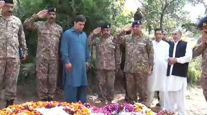 Hostile foreign agencies trying to destabilise Pakistan: COAS