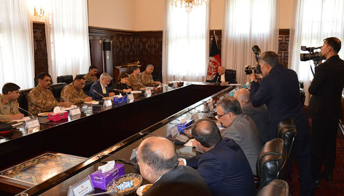 Gen Bajwa and President Ghani discussed bilateral relations, trade and transit, and the war against terrorism in the meeting that took place in Kabul.