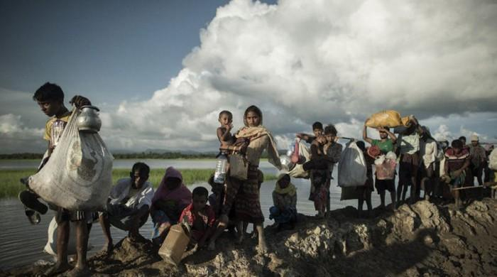 UN says 582,000 Rohingya have now crossed into Bangladesh