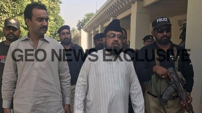 Qandeel murder case: Mufti Qavi remanded into police custody for four days