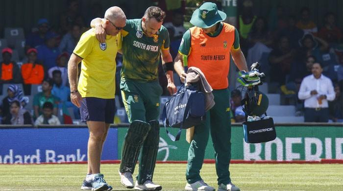 Du Plessis injury spoils South Africa win