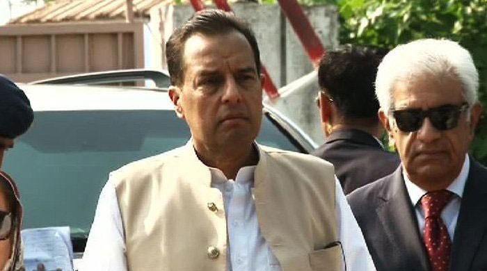 NAB petitions IHC against Capt (retd) Safdar's bail in corruption case