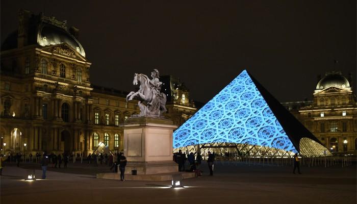 Newly Opened Louvre Abu Dhabi A Bridge Between