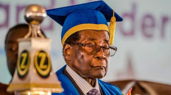 Robert Mugabe asleep at graduation ceremony