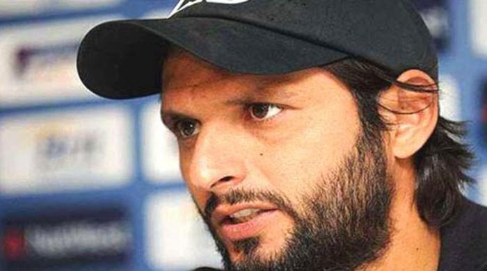 Afridi becomes Pakistan's top T20 bowler with eleventh 4-wicket haul in BPL