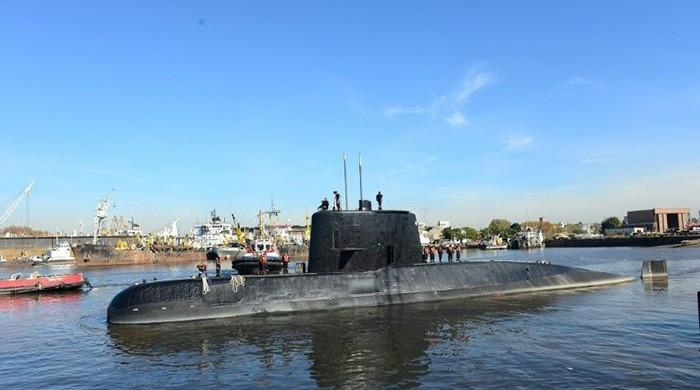 Bad weather hampers Argentina's search for missing submarine