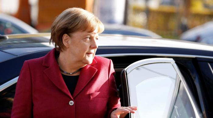 German parties regroup for last-ditch coalition push