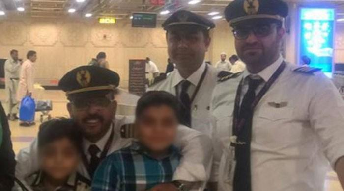 PIA pilot hailed as hero, saves passengers from possible tragedy