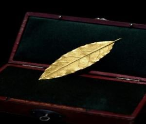 Gold leaf from Napoleon's crown fetches 625,000 euros