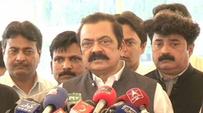 Sanaullah warns Zardari against becoming hurdle for timely elections