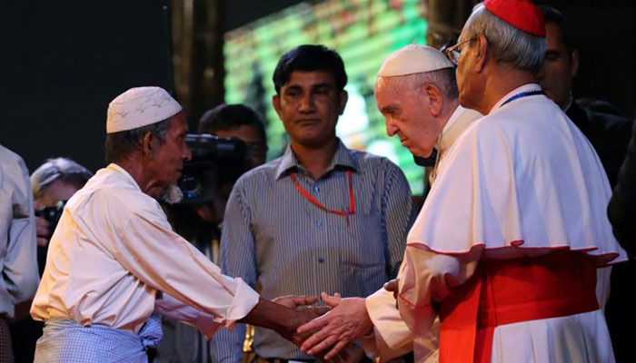 Pope wraps up contentious Myanmar visit