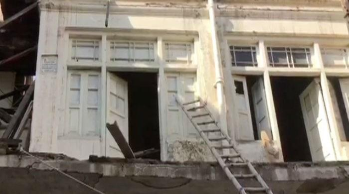 Govt turns blind eye towards crumbling gurdwaras in Peshawar