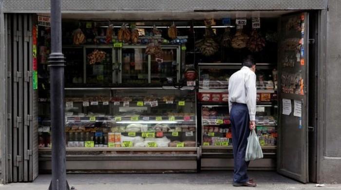 Venezuela inflation reaches quadruple digits, hitting 1,369 percent