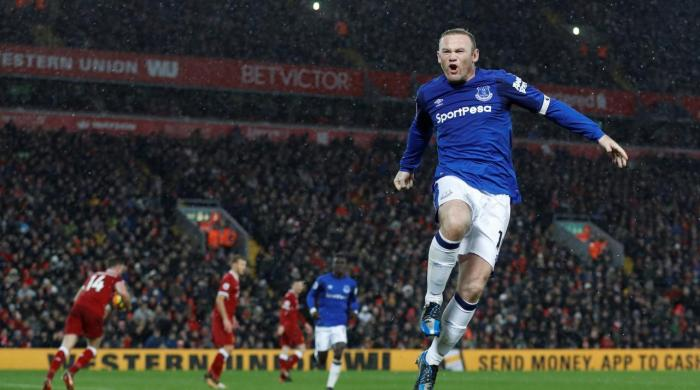 Rooney scores from the spot as Merseyside derby ends 1-1